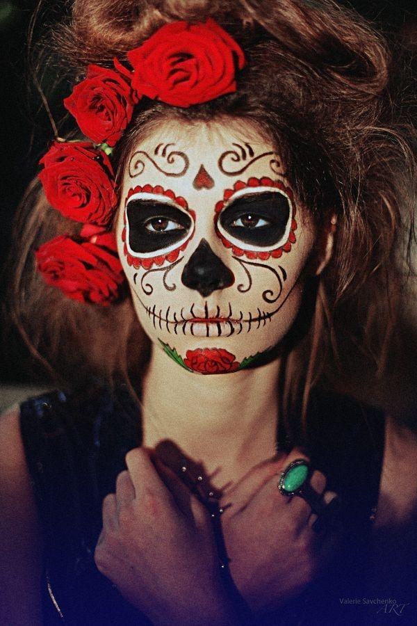 8f262a48d90ca0f9b4e9e12701ecca0c--sugar-skull-halloween-costume-halloween-makeup